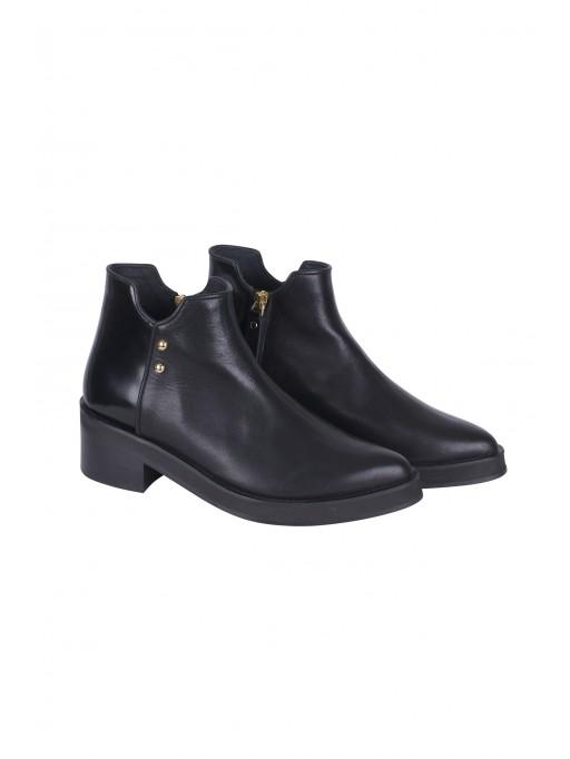 Amina Boots // Black